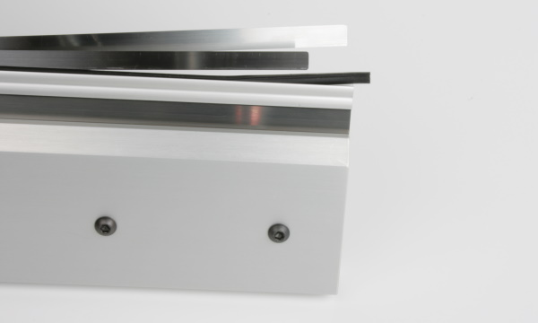 Doctor blades for blade holders